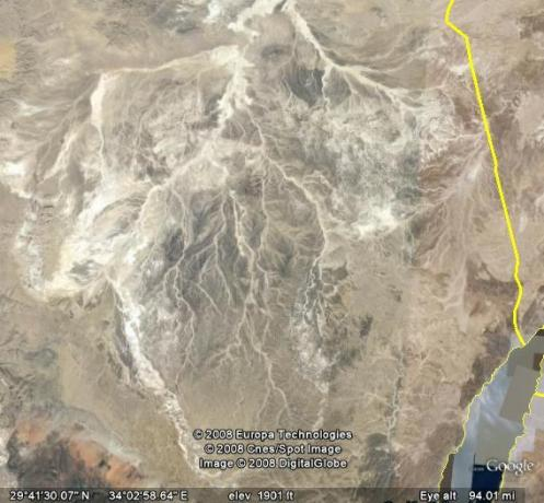 Water Beds Sleeping  Ocean on Is Satellite Picture Of Dried Up Water Bed In The Sinai Peninsula